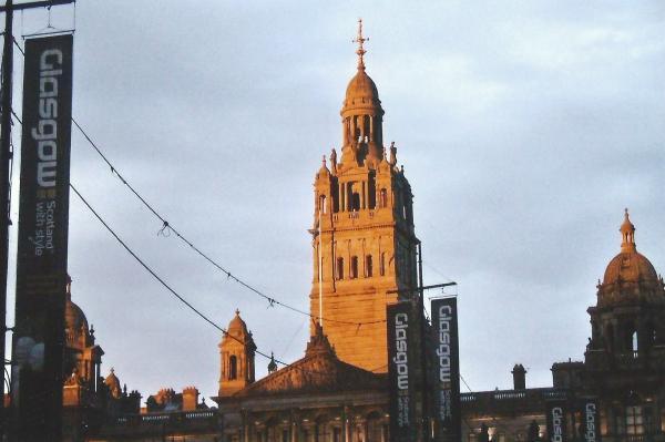 Glasgow-Georgov trg-slikano u 22 sata u vrijeme bijelih noći