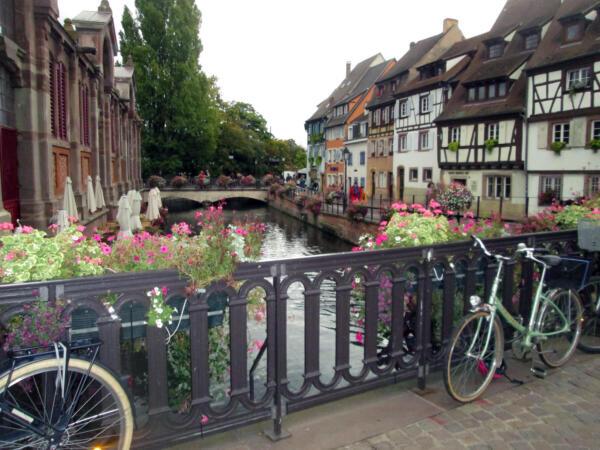 Bajkoviti cvjetni mostovi