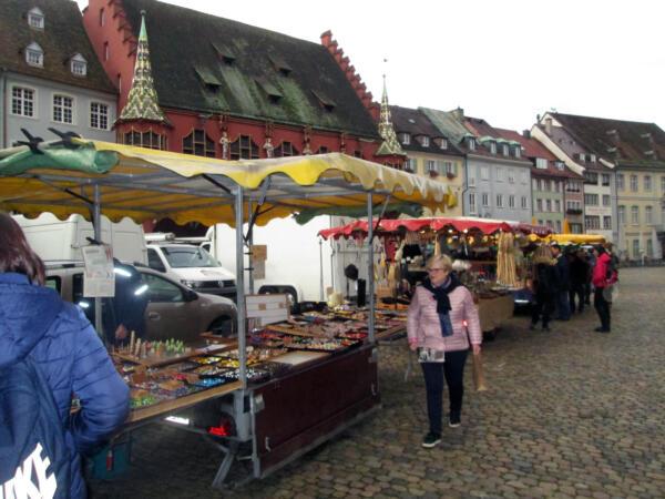 Tezge obrtnika na glavnom trgu