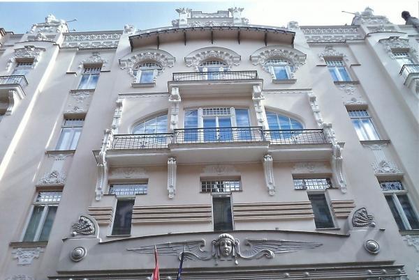 Riga-zgrada mađarske ambasade u stilu art noveu