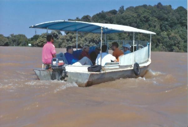 Vožnja čamcem po jezeru Tana