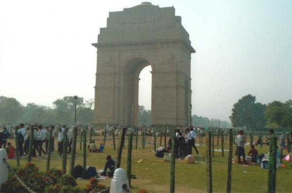 DELHI-spomenik Vrata Indije