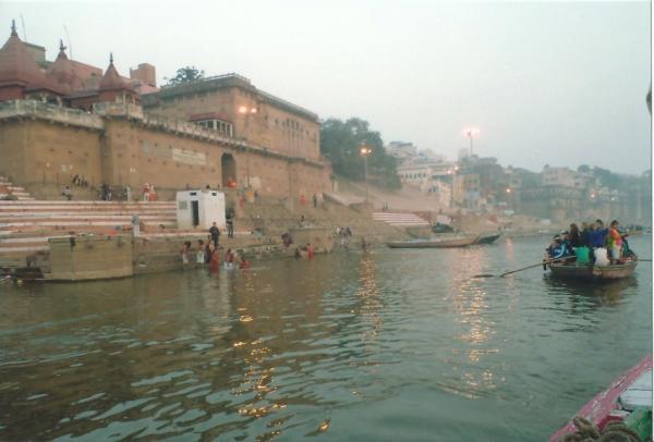Plovidba po sv. rijeci Ganges