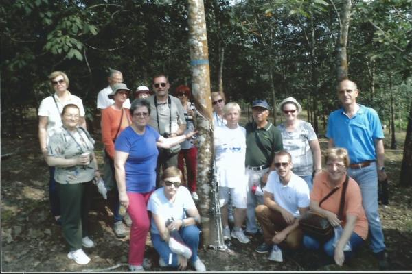 Grupa ITC Travel-a na plantaži Kaliklatah