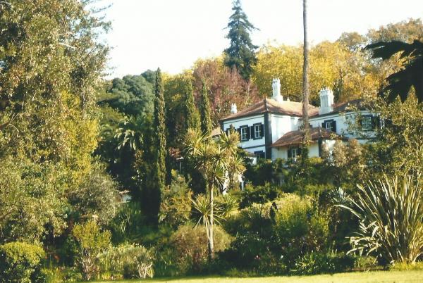 Rezidencija Blendyjevih sa 18 soba u Botaničkom vrtu