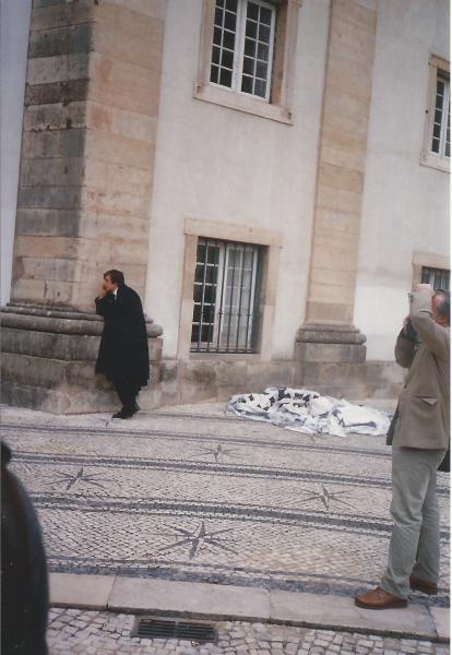 Coimbra-student u togi i mozaik na pločniku