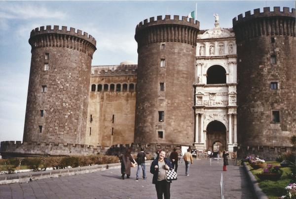 Napolli-ulaz u kraljevsku tvrđavu -Maschio Augiono