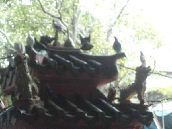 Ispred hrama Kralja Žada.